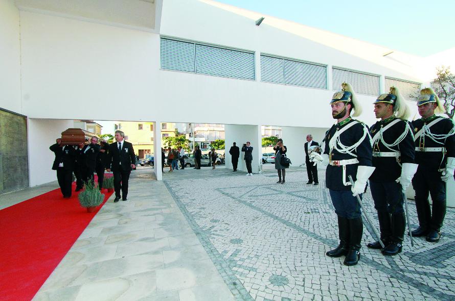 Morreu Barbosa de Melo, o nono presidente da AR