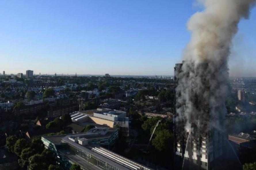Arde torre residencial em Londres