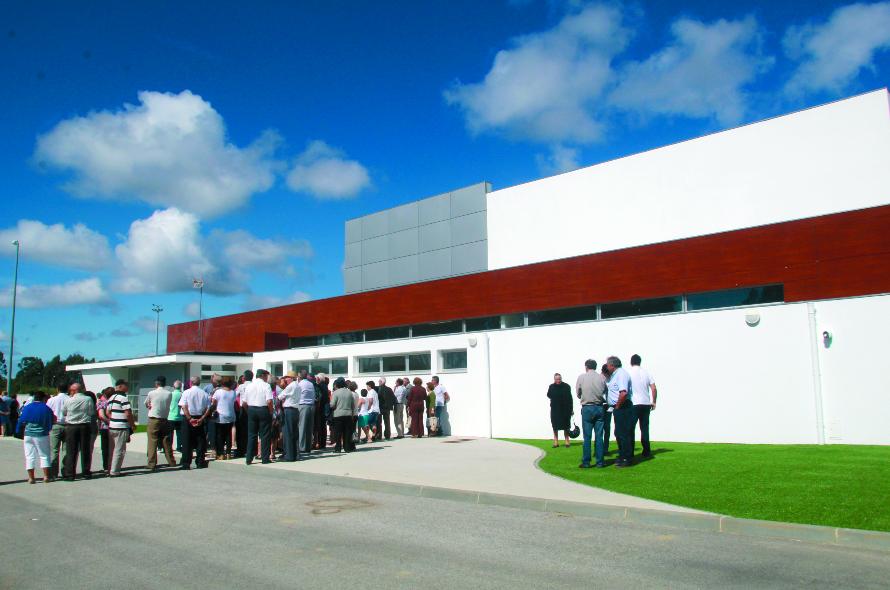Resultado de imagem para Pavilhão Multiusos de Febres foi inaugurado